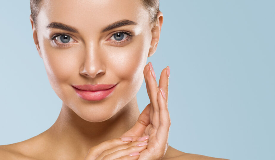Routine beauté Remplacer ou compléter ses crèmes pour le visage par des huiles végétales
